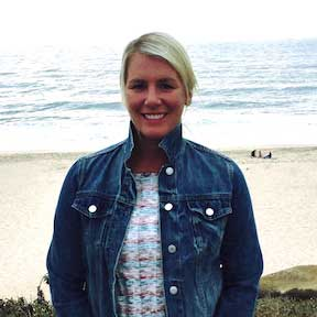 Elizabeth Stanczak portrait at the beach